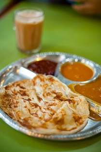 Mamak Breakfast – Teh Tarik and Roti Canai